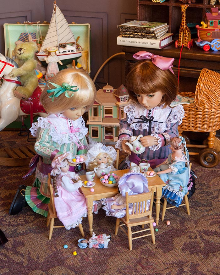 Doll's Tea Party