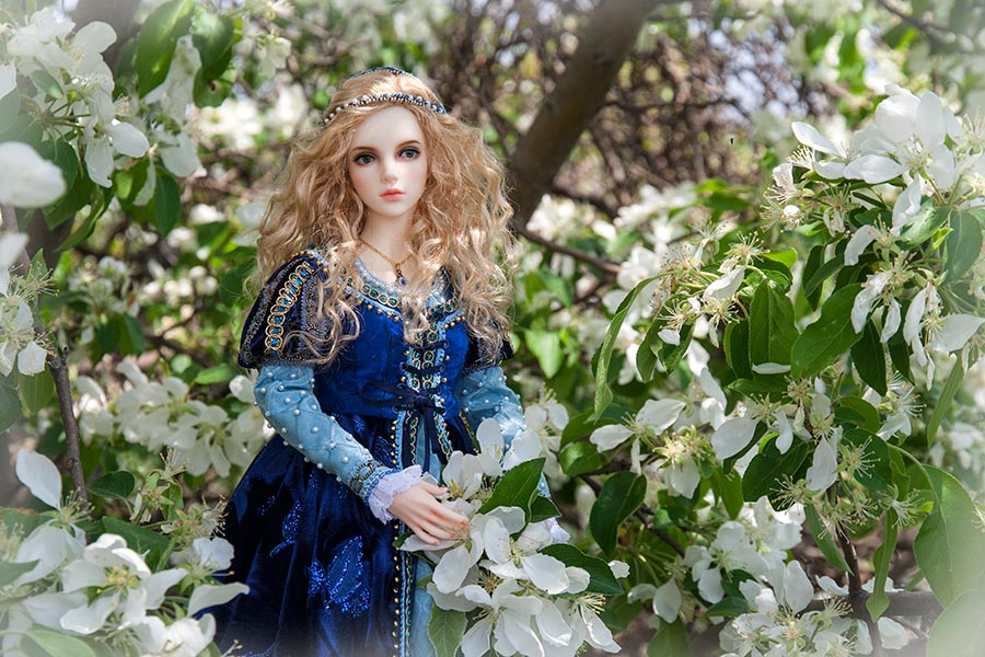 Yvette in the White Blossoms